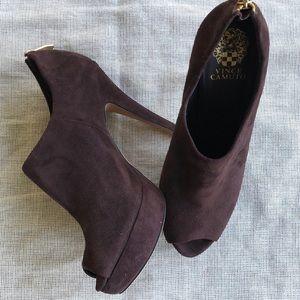Vince Camuto Mac Brown Heels Size 9 1/2